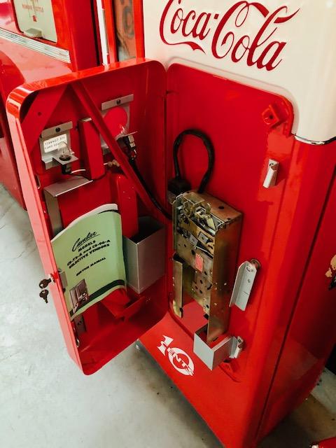 Coca Cola Cavalier 72 Vending Machine red
