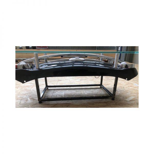 table-avec-une-calandre-originale-de-fiat-500- (5)