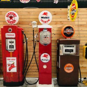 Ancienne pompe essence Américaine Mobilgas