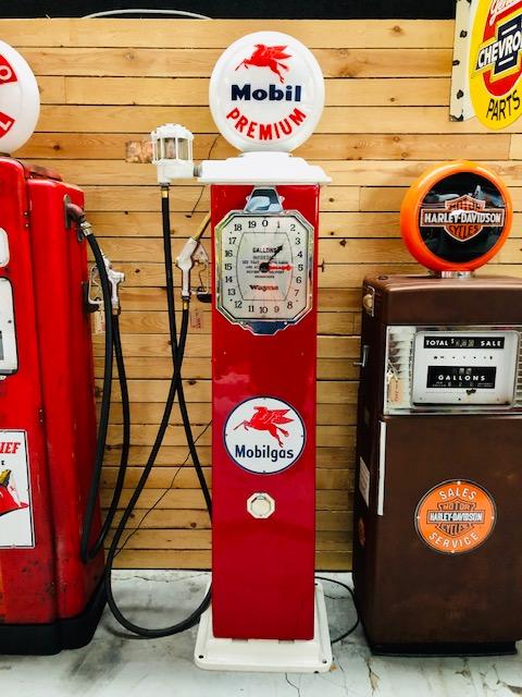vintage American wayne gas pump