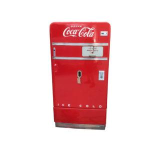 Distributeur Coca Cola V83 restaurée