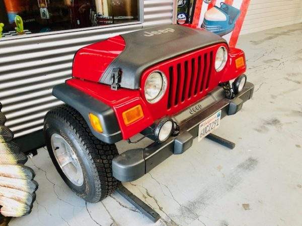 jeep wrangler front Face made of real car