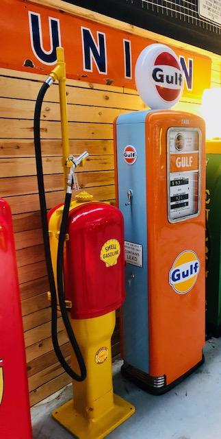ancienne pompe essence Erie Gulf