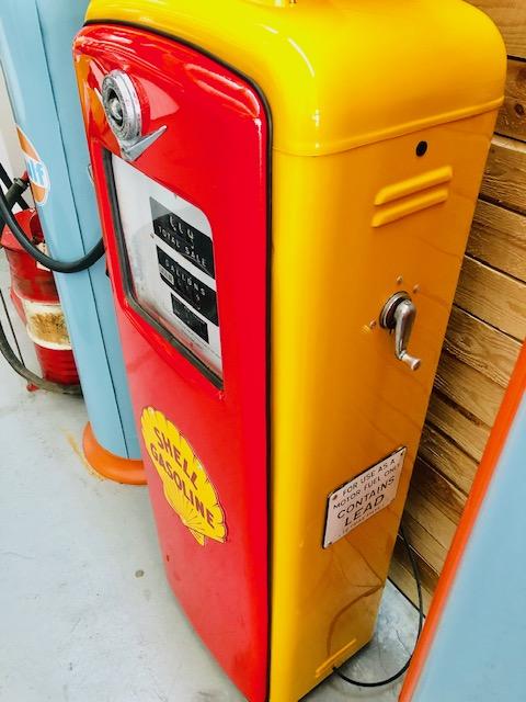 ancienne pompe essence américaine shell gilbarco