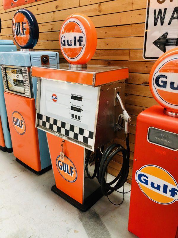 Gulf Tokheim gas pump