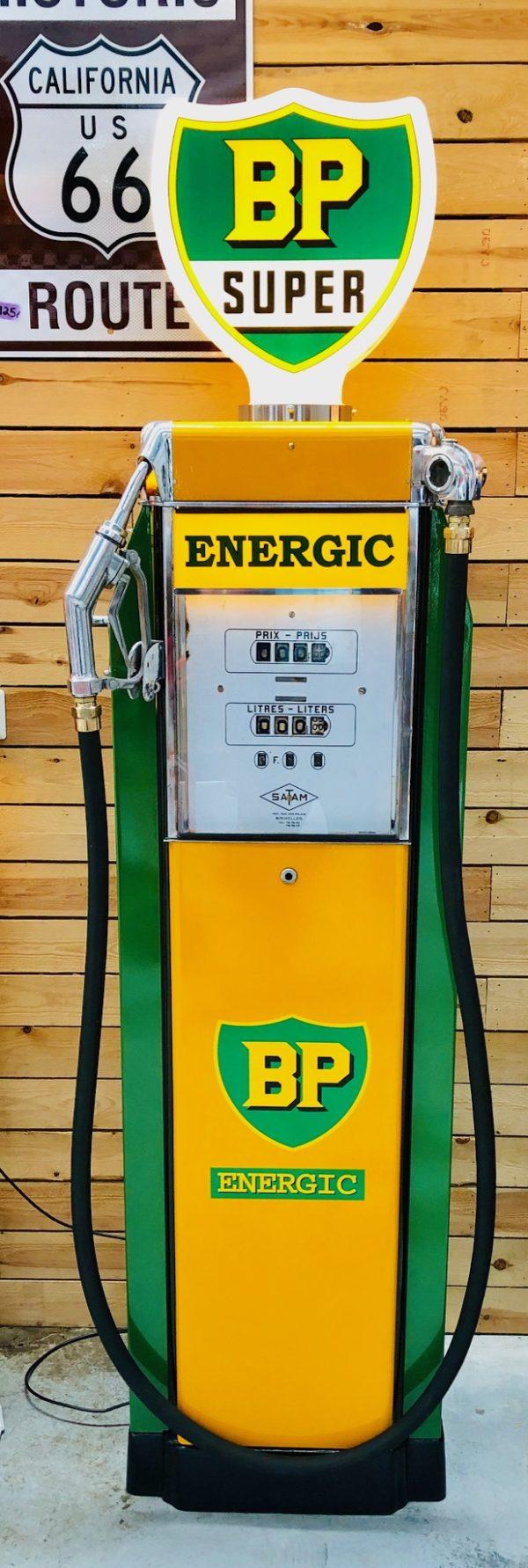 Vintage BP Energic gas pump (Satam)