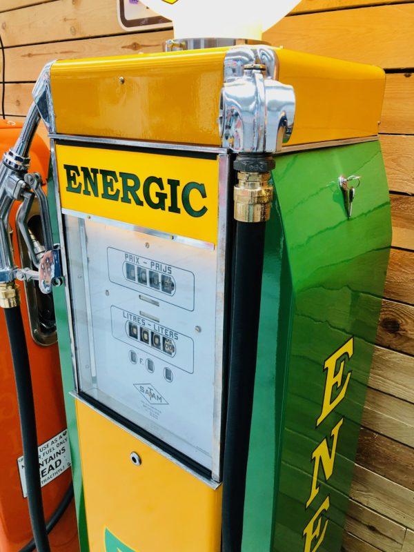ancienne pompe essence vintage