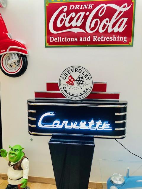 retro neon sign Corvette