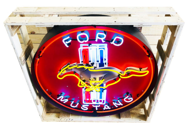 ancienne enseigne neon Ford Mustang