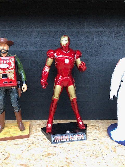 Iron man grandeur nature profil