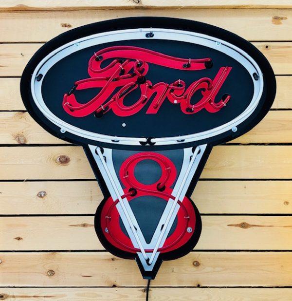 ancienne Enseigne néon Ford V8 rouge