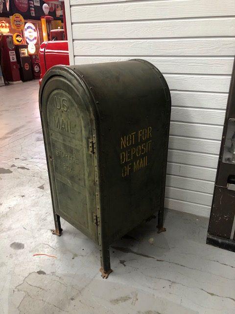 US Mail box 1957
