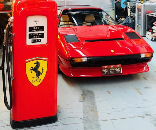 pompe essence Ferrari Wayne magnum