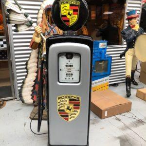 Pompe essence américaine Porsche