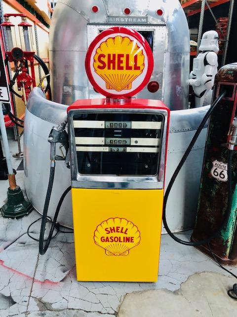 shell vintage gas pump 1970