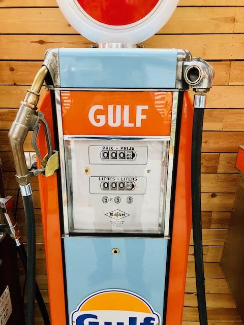 Gulf vintage gas pump 1950