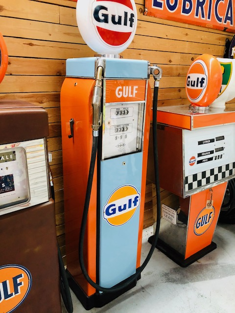 gulf vintage gas pump satam