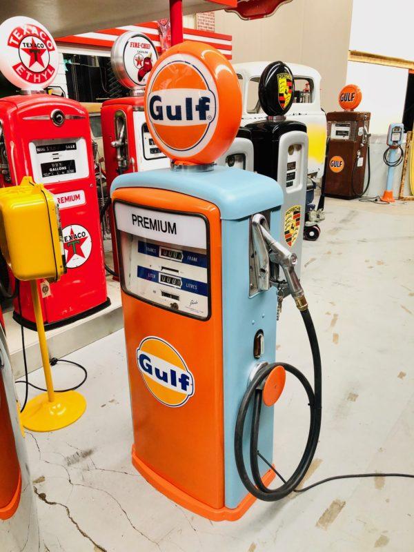Pompe essence Gulf restaurée