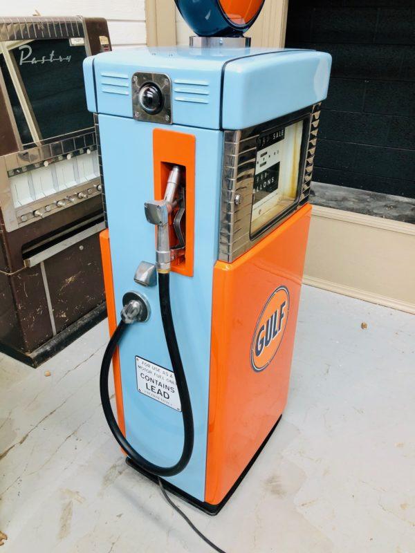 Pompe à essence Gulf Wayne Restaurée