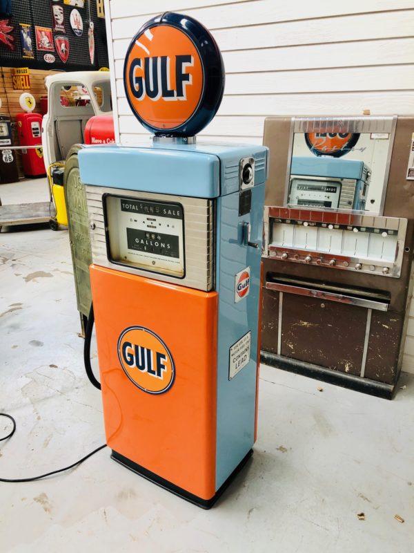 Pompe à essence Gulf Wayne
