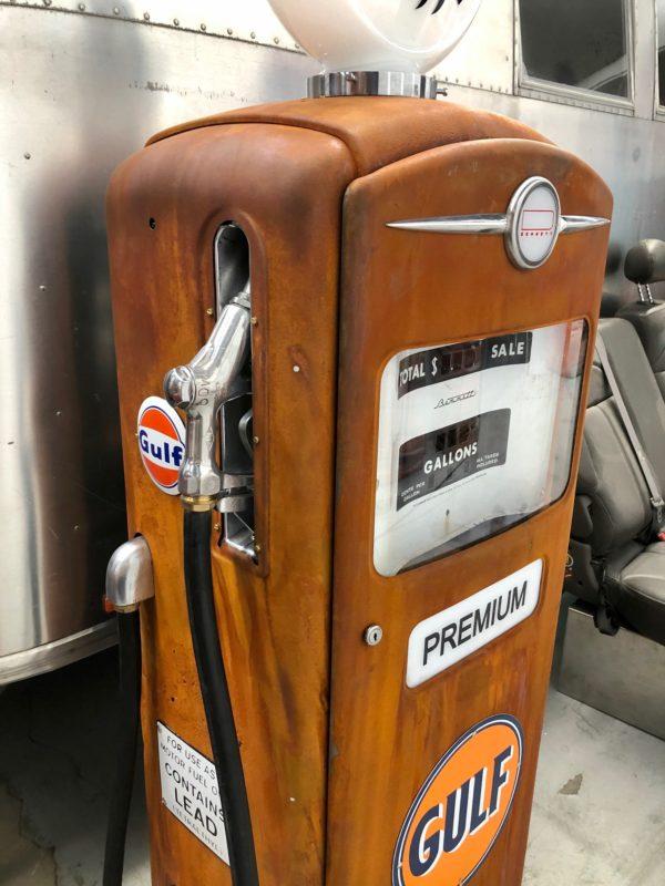 Pompe à essence Gulf Bennett américaine