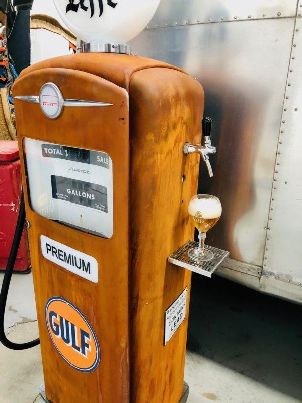 Pompe à essence américaine avec pompe a bière