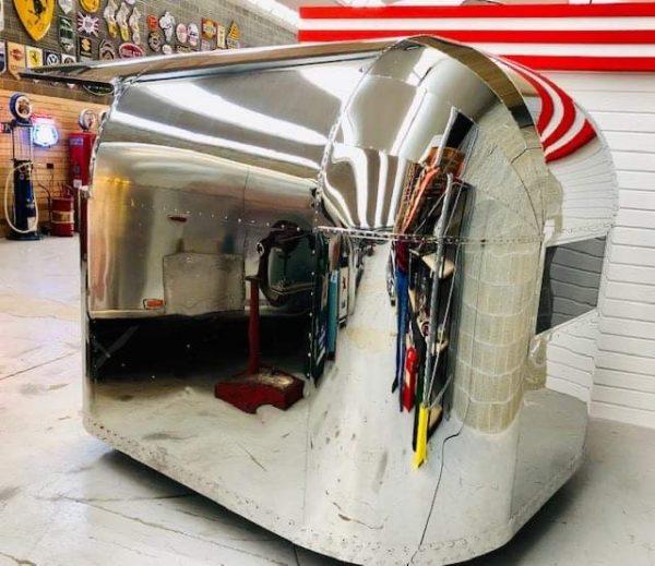 airstream Kiosk en inox poli miroir 1