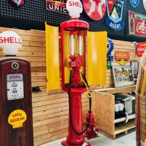 pompe à essence Satam de 1935 restaurée