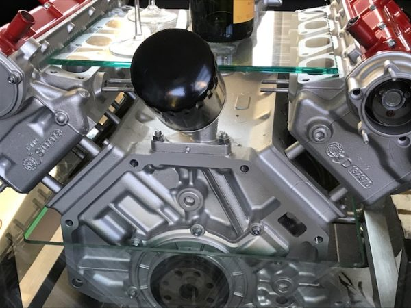 Table basse moteur Ferrari 1