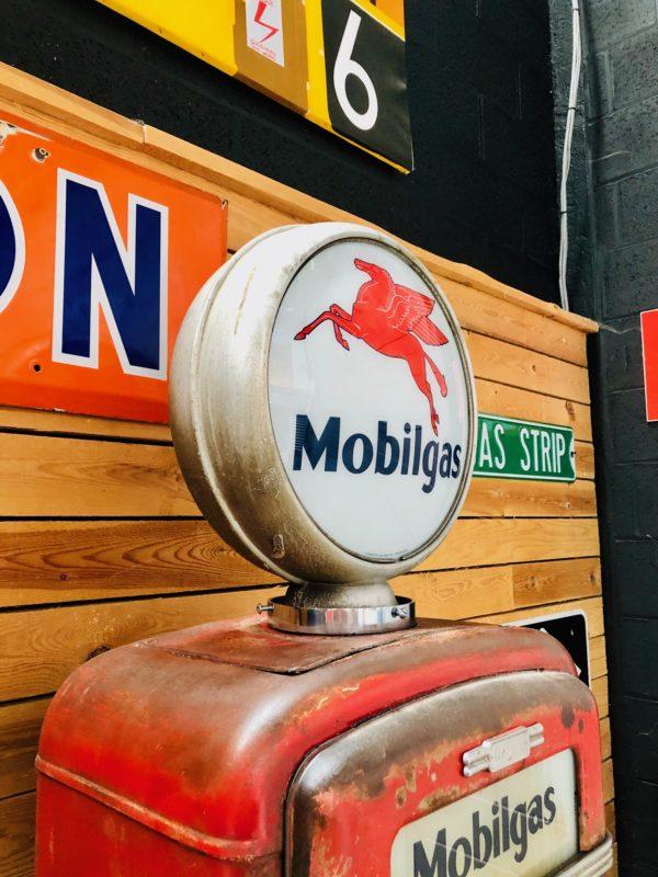 Pompe à essence Mobilgas