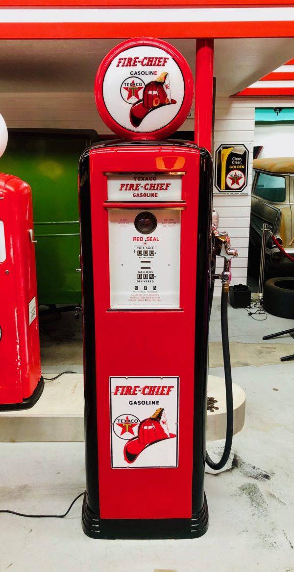 Pompe à essence Texaco Fire Chief Américaine 1939 restaurée