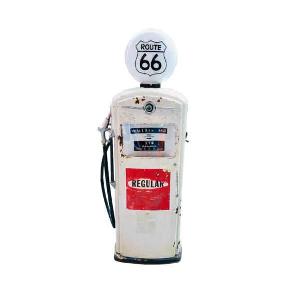 ancienne pompe à essence américaine Bennett route 66