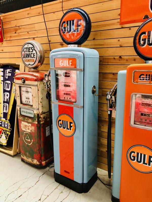 Pompe à essence Américaine Gulf restaurée