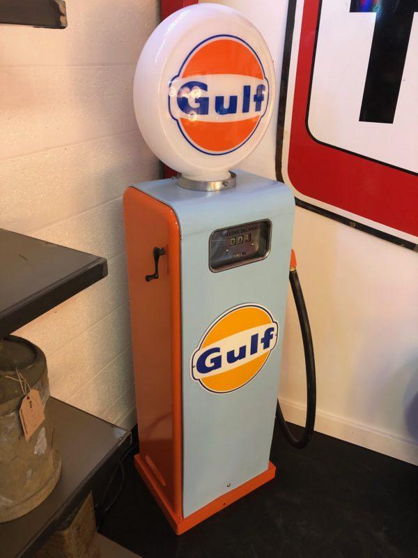 Pompe à essence Gulf restaurée xs