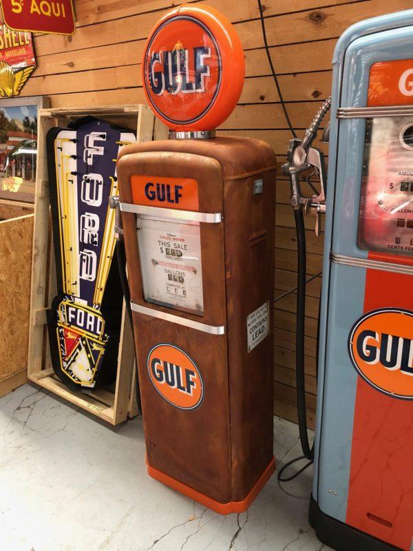 Pompe à essence américaine Gulf Gilbarco