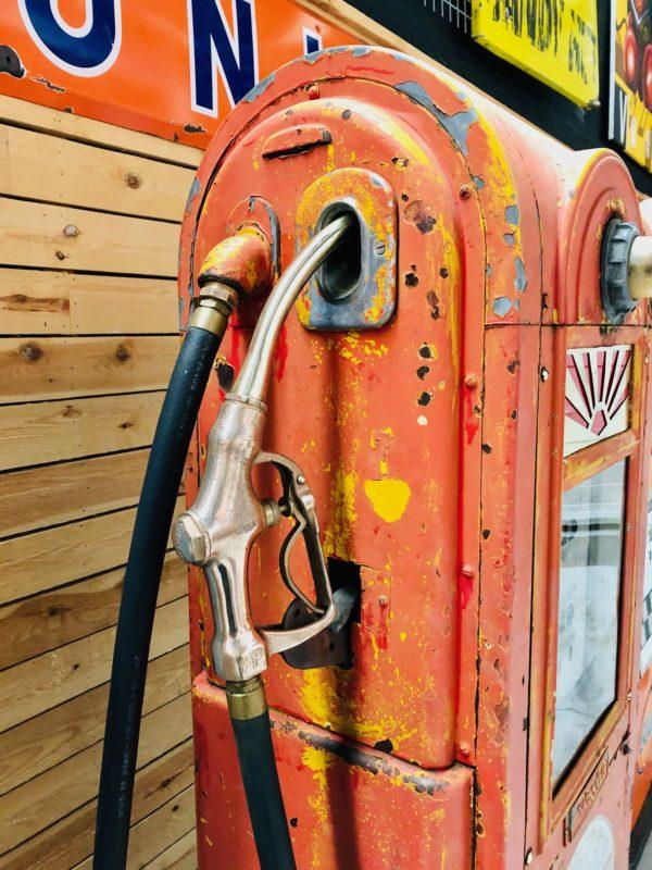 Pompe à essence américaine Wayne 60 coté