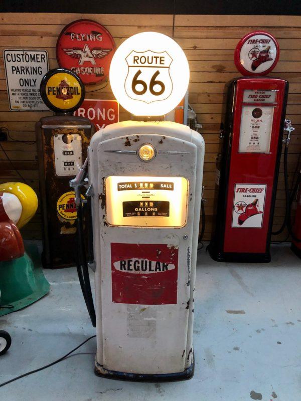 ancienne pompe à essence américaine Bennett route 66 DE 1949