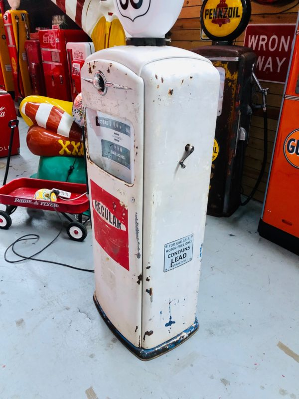 pompe à essence américaine Bennett route 66