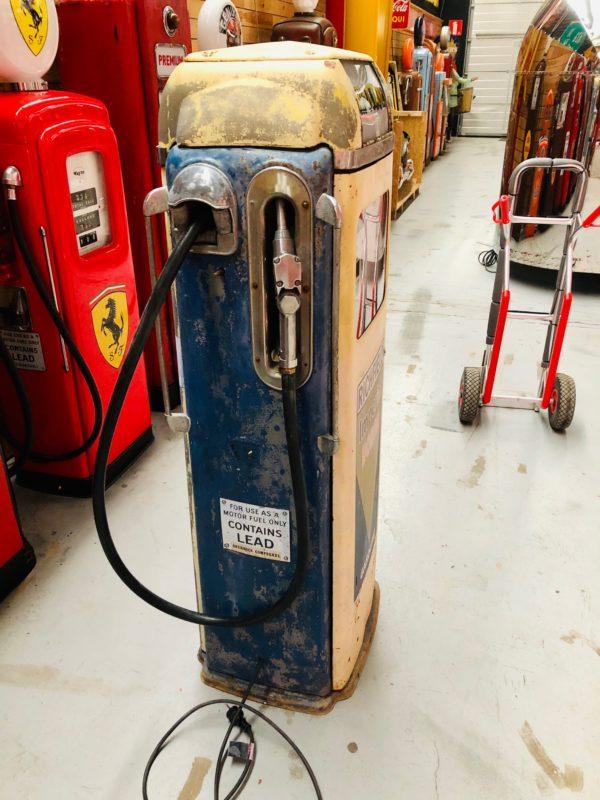 Pompe à essence américaine de 1955 Californie