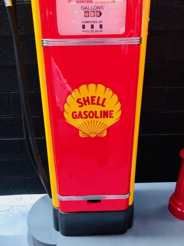 Pompe à essence américaine Gilbarco restaurée