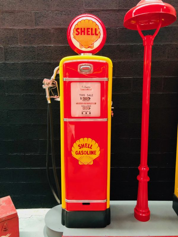 Pompe à essence américaine Shell Gilbarco restaurée 1955