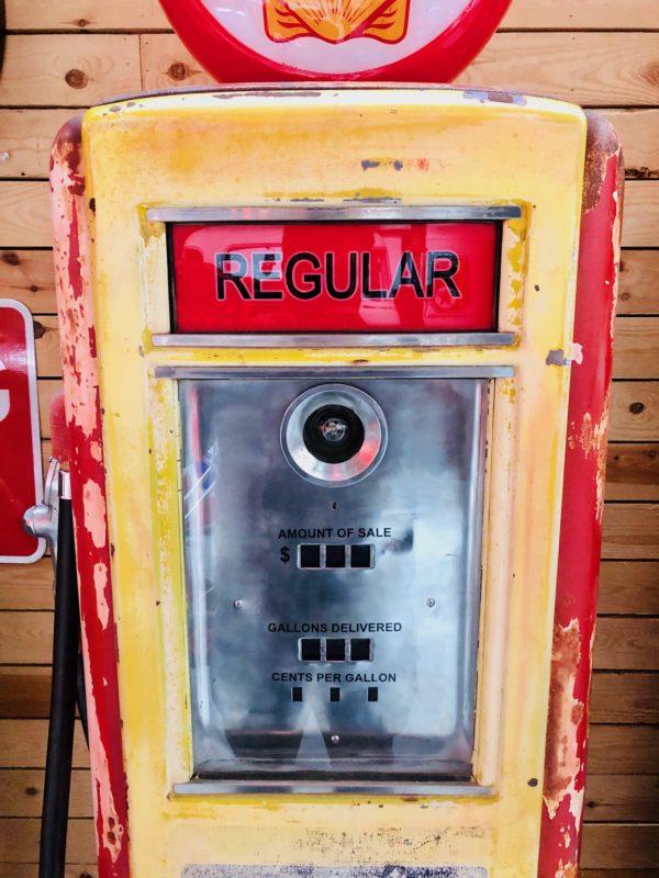 Pompe à essence Shell Neptune Américaine