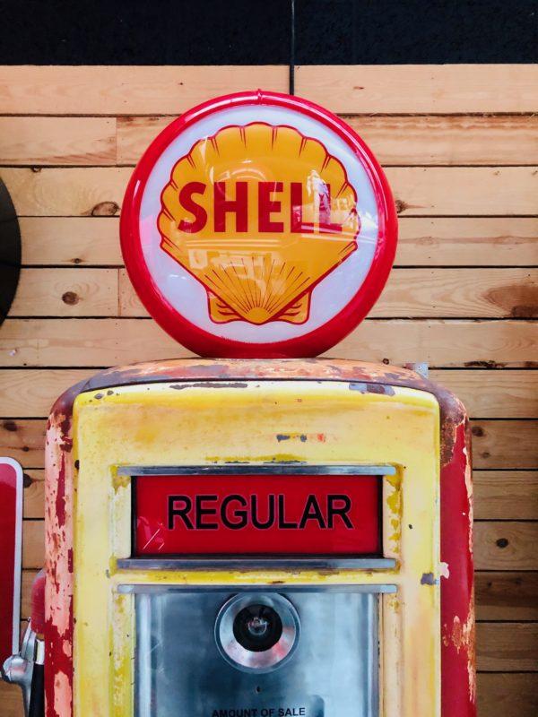 Pompe à essence Shell Américaine