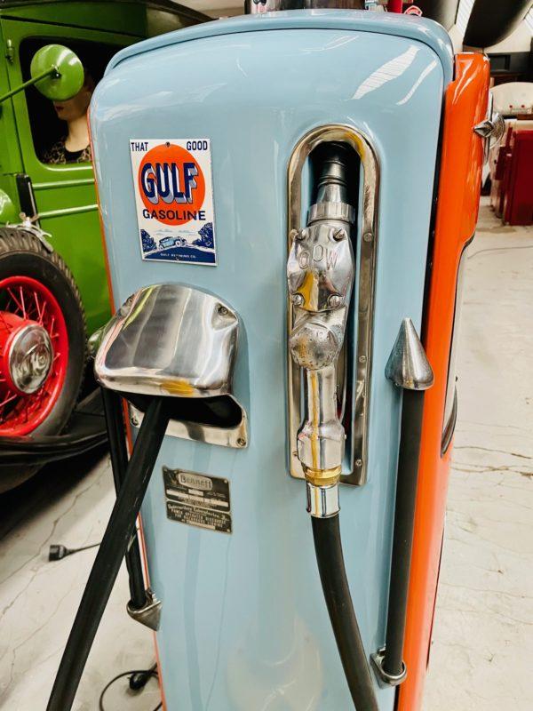 Pompe à essenceGulf restaurée