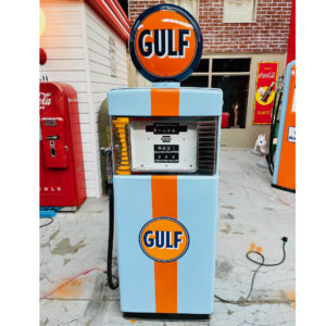 Pompe à essence américaine Gulf Wayne 500 restaurée