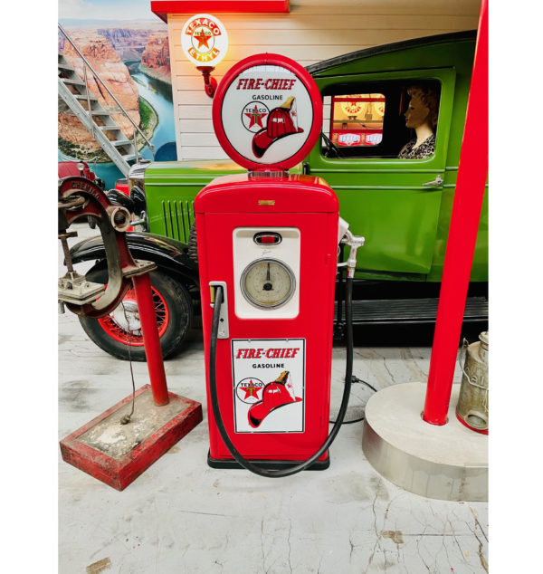 pompe à essence Texaco Fire Chief restauré 1957