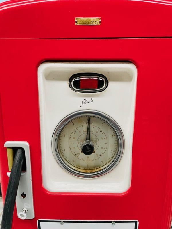 pompe à essence Texaco restauré