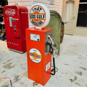 Pompe à essence Gulf peinture d'origine