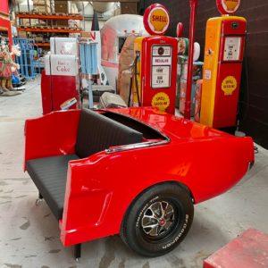 Canapé ford mustang 1966 fabriqué avec un arrière complet