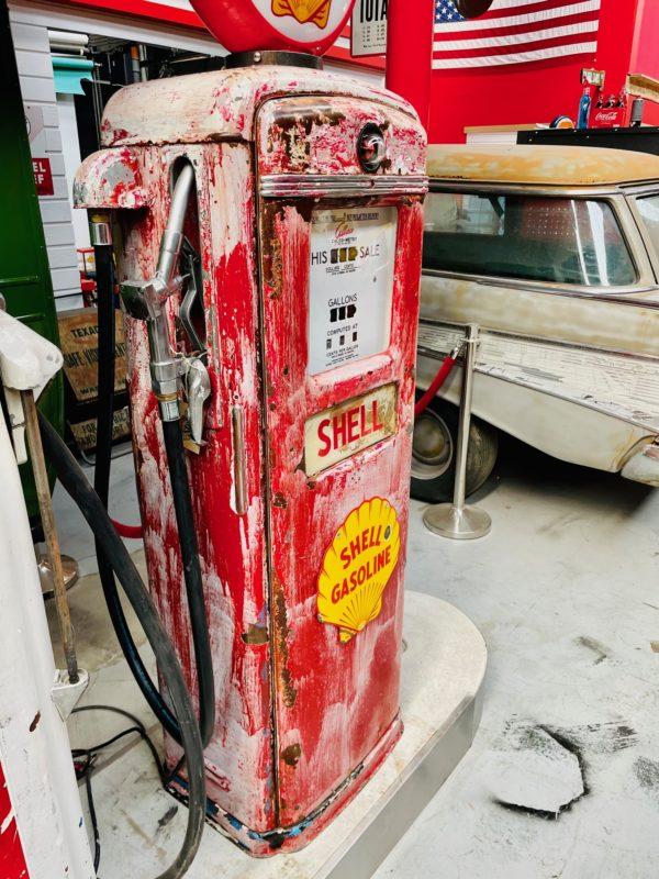 Pompe à essence américaine Shell Gilbarco 4